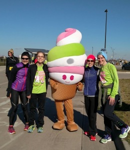 Posing with Menchi after the race!